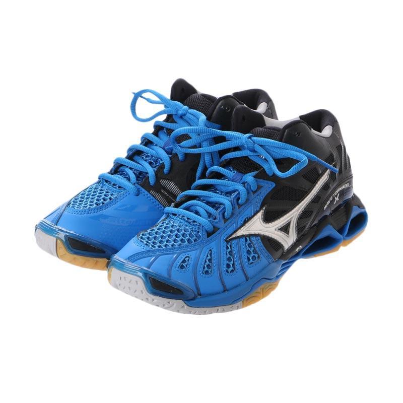 harga Mizuno Wave Tornado X Mid Sepatu Olahraga Pria - Directoire Blue Silver Black V1GA161703 Blibli.com