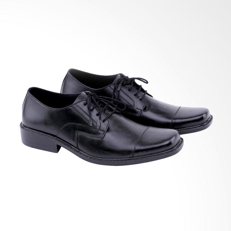 Garucci Sepatu Formal Pria GDM 0378