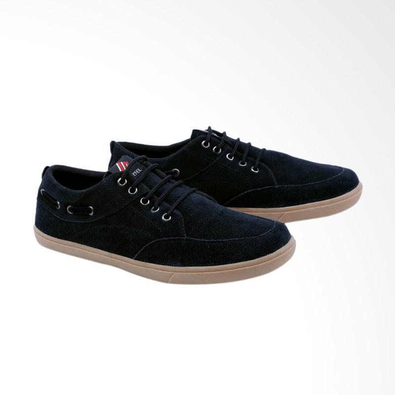 Garsel Sneakers Shoes Pria GCE 1006