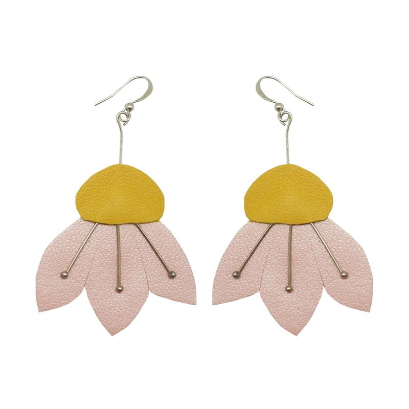 Ansy Savitri Mili Dangling Earrings Wanita