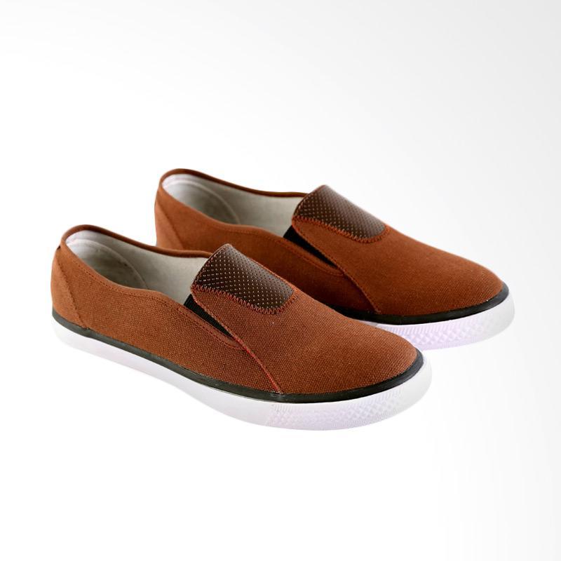 Garsel Sepatu Slip On Kasual Pria - Coklat GJE 1058