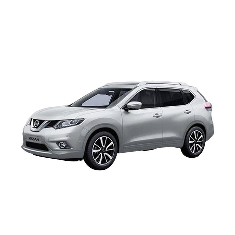 https://www.static-src.com/wcsstore/Indraprastha/images/catalog/full//84/MTA-1504127/nissan_nissan-all-new-x-trail-hybrid-mobil---diamond-silver-metallic--otr-bandung-_full02.jpg