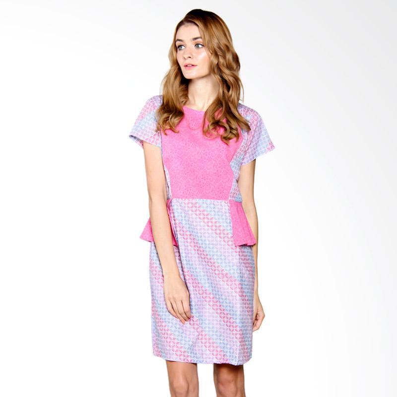 Djoemat Gembira D17-01-14 Rosalie in Dress - Pink