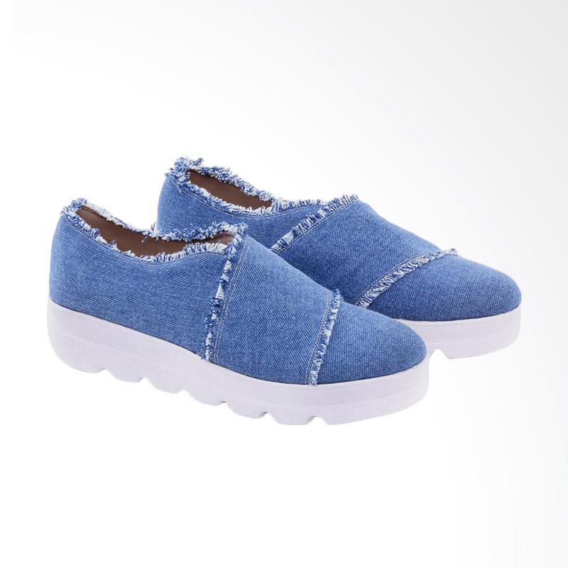 Garucci GHE 7258 Slip On Shoes Sepatu Wanita