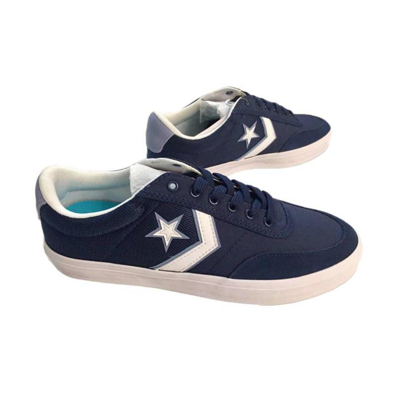 Jual Converse Courtlandt Ox Sepatu