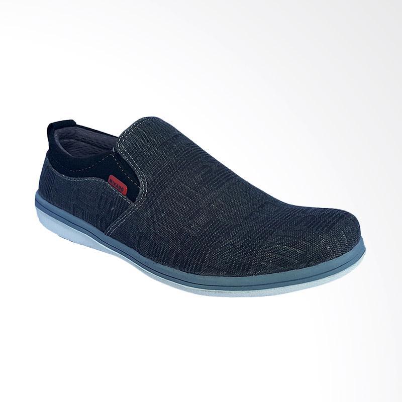Mikado Slip On Denim Sepatu Pria - Black MG 013 HR