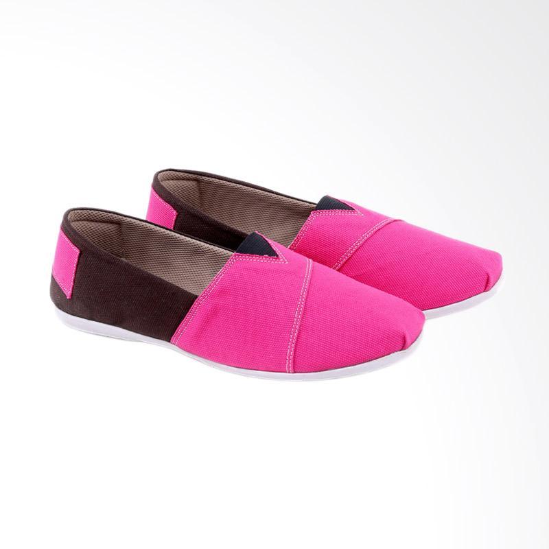 Garucci GIA 6166 Slip On Shoes Sepatu Wanita