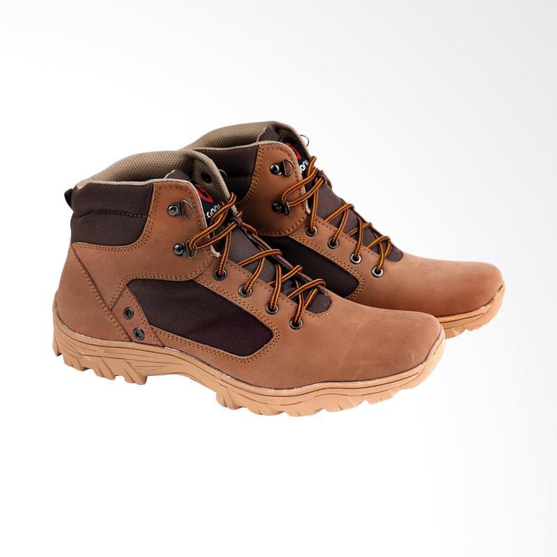 Garucci Sepatu Boot Pria GAJ 2047