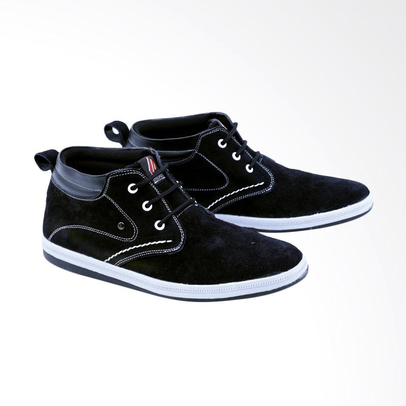 Garsel Sneakers Shoes Pria GDF 1012