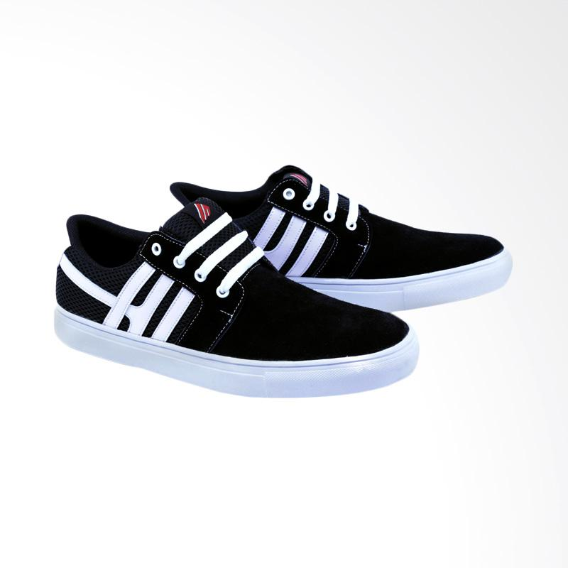 Garsel Sneakers Shoes Pria GDF 1014