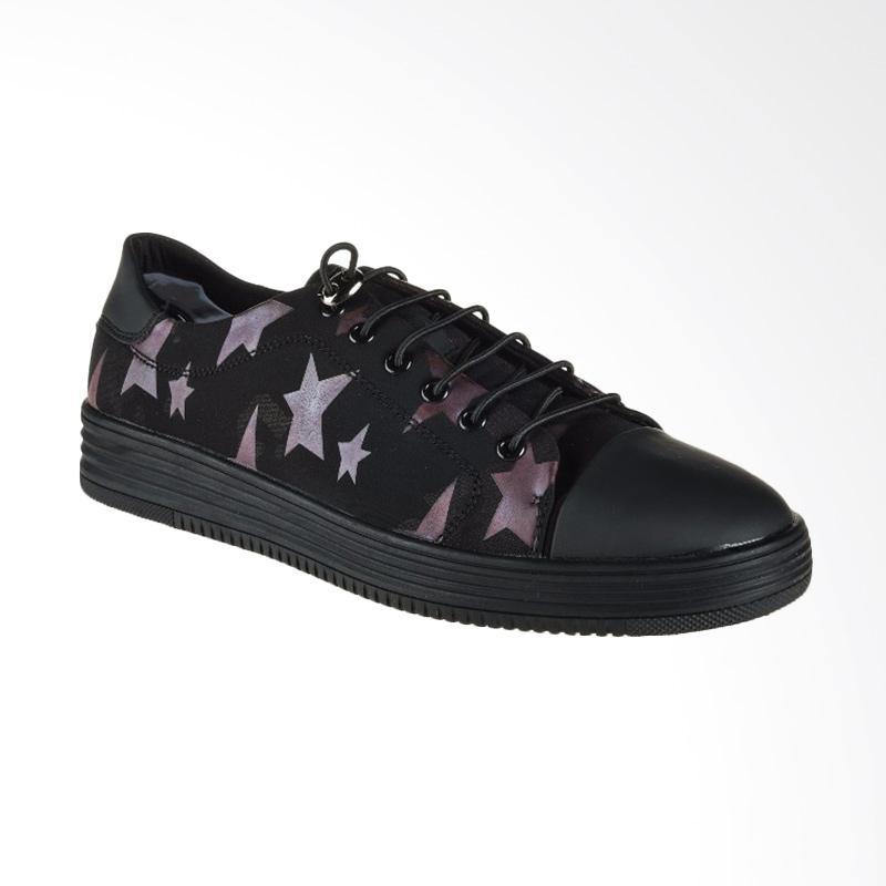 harga Papercut Men Chelsea Casual Shoes Sepatu Pria - Black Red Star [217] Blibli.com