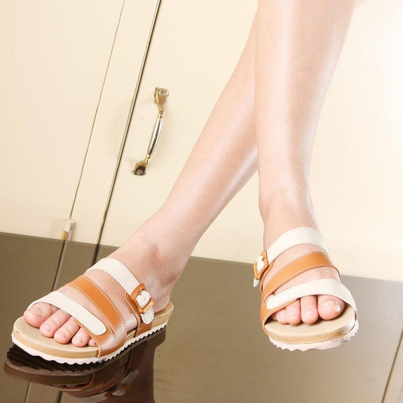 ... Yutaka Sepatu Wanita Flat - Tan. Source · 2 ulasan