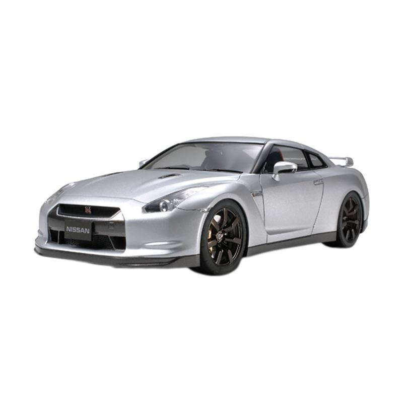 Tamiya Nissan GT-R Model Kit [1/24]
