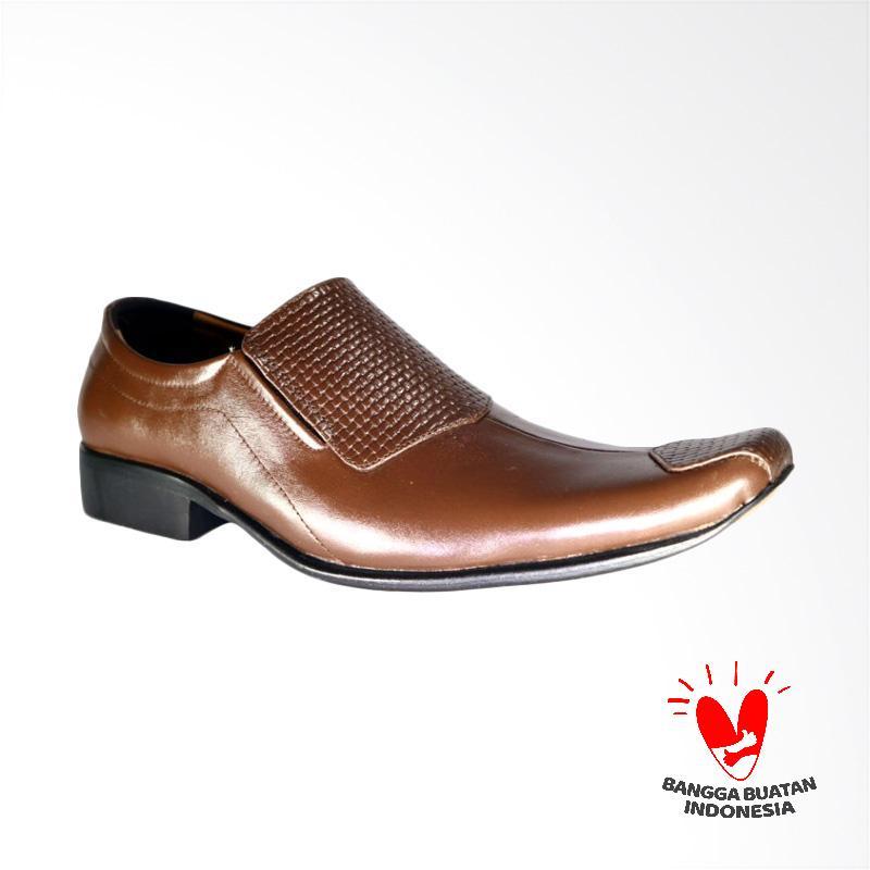 harga LISMEN Explorer Clas Sepatu Formal Pria - Brown [LM-7705] Blibli.com
