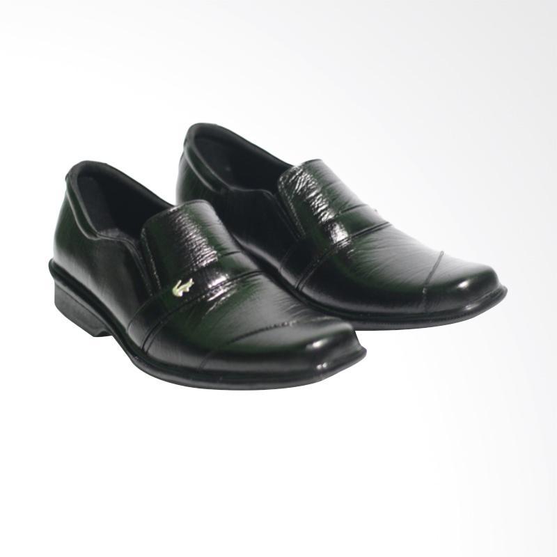 Jual Crocodile - Sepatu Pantofel Pria Kulit Asli Formal Online - Harga    Kualitas Terjamin  91a90af551
