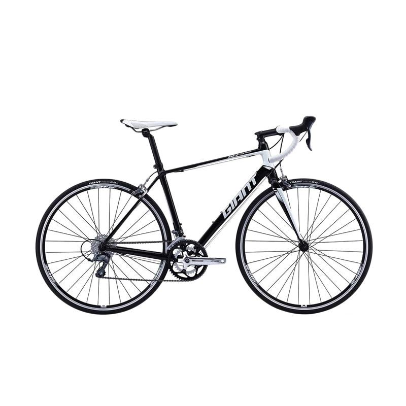 https://www.static-src.com/wcsstore/Indraprastha/images/catalog/full//860/giant_giant-defy-5---black-white-sepeda-roadbike_full02.jpg