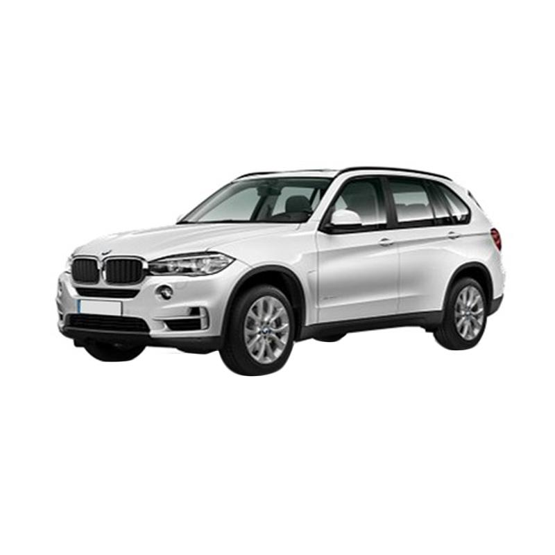https://www.static-src.com/wcsstore/Indraprastha/images/catalog/full//868/bmw_bmw-x5-xdrive-25d-a-t-mobil---mineral-white_full02.jpg