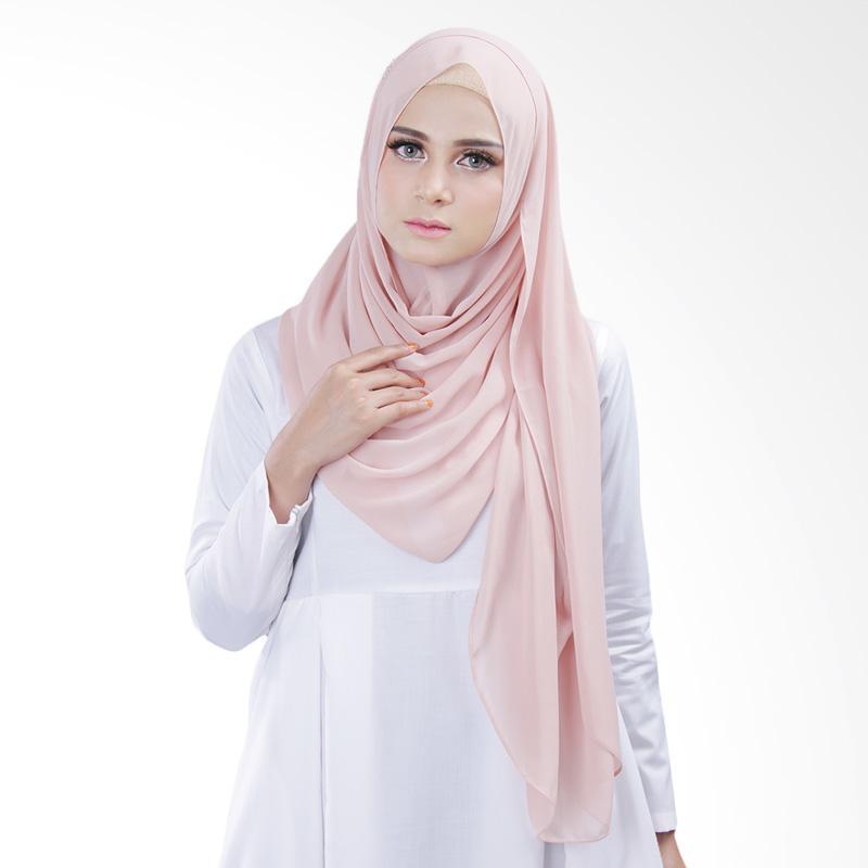 Cantik kerudung Bella Queen Hijab Instant - Soft Peach No.5