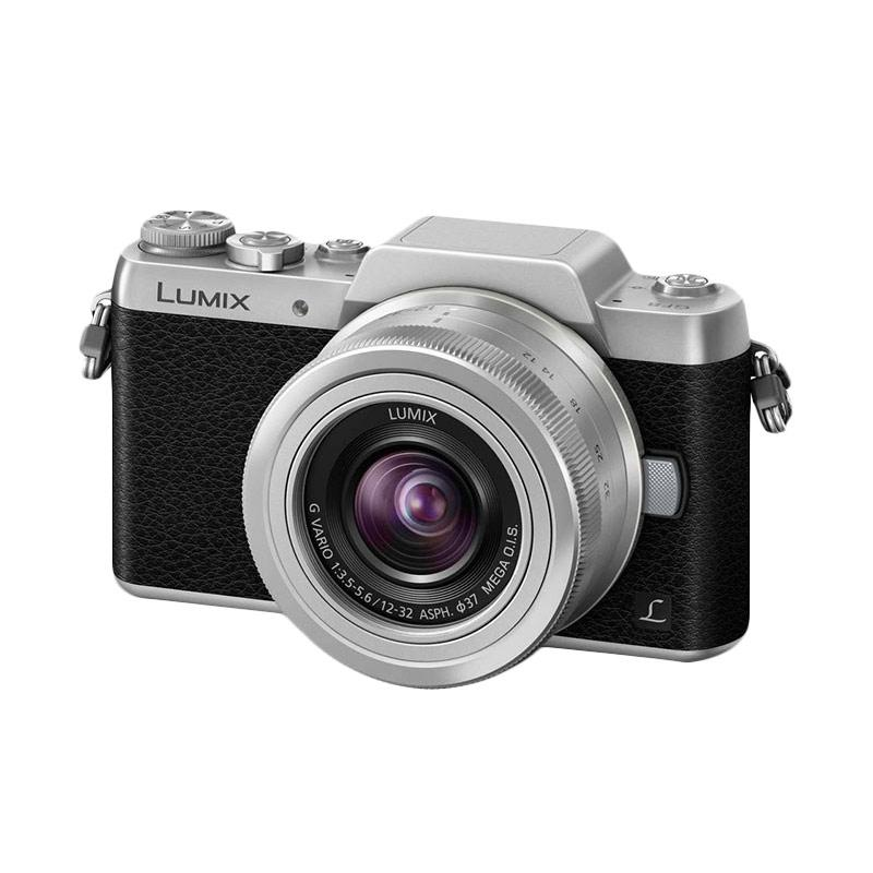 Panasonic Lumix DMC GF8 Kit 12-32mm Kamera Mirrorless - Silver