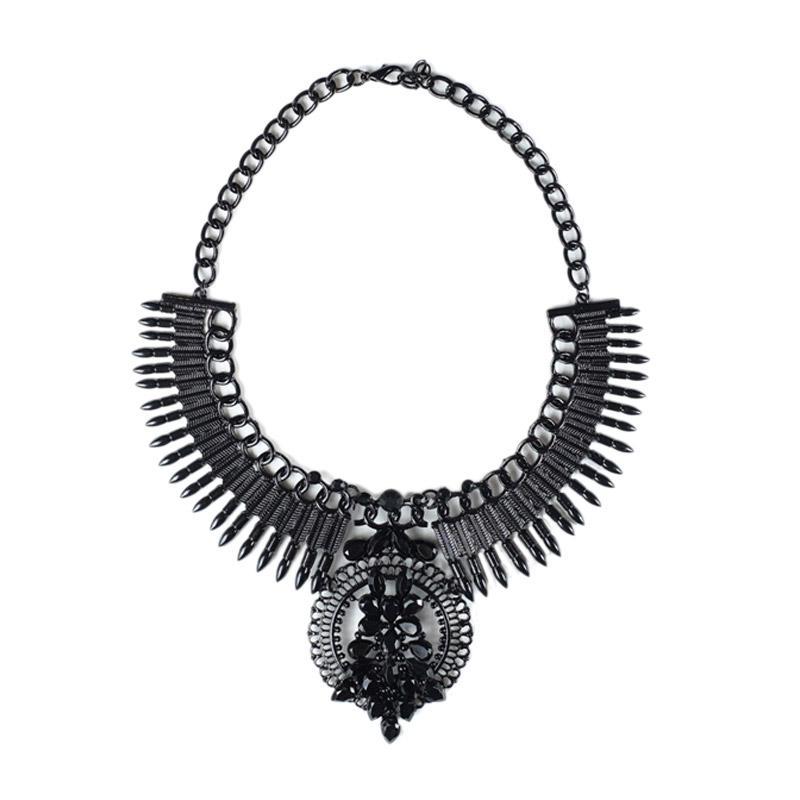 Momy Ribbon Midnight Necklace