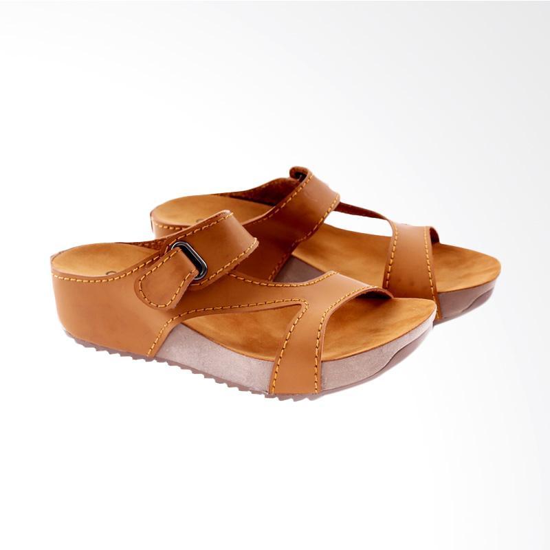 Garucci GJO 5078 Flats Sandal Wanita - Tan