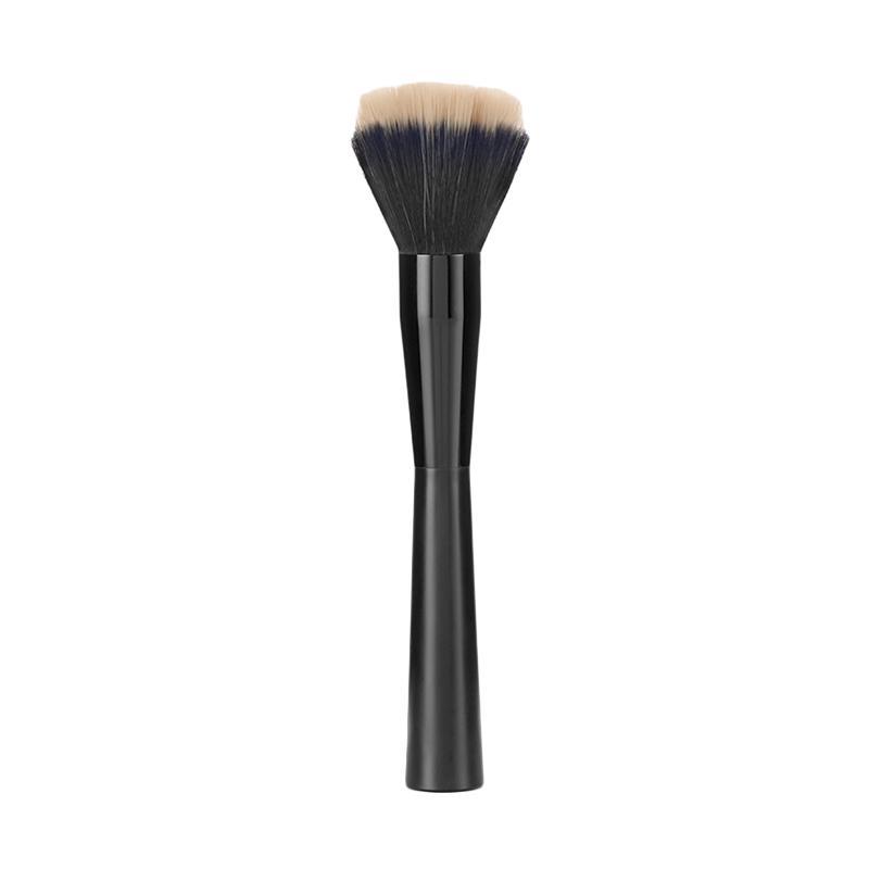 The Body Shop Stippling Brush - Masculine Black