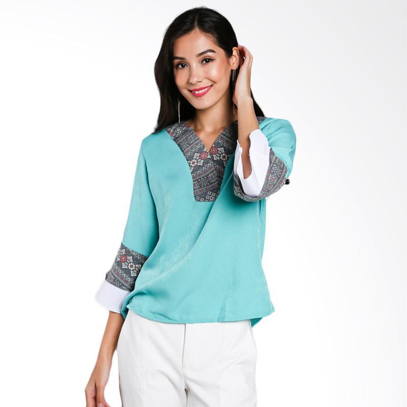 Jening Batik JW-023 Blouse - Green