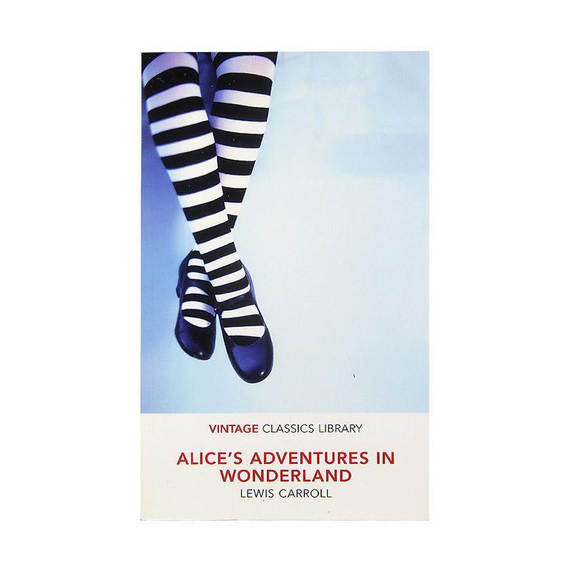 Vintage Classics Alice's Adventures In Wonderland by Lewis Caroll Buku Fiksi