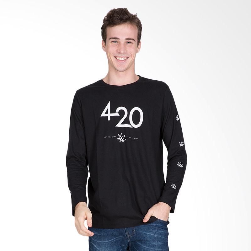 Tendencies 420 International T-Shirt Pria