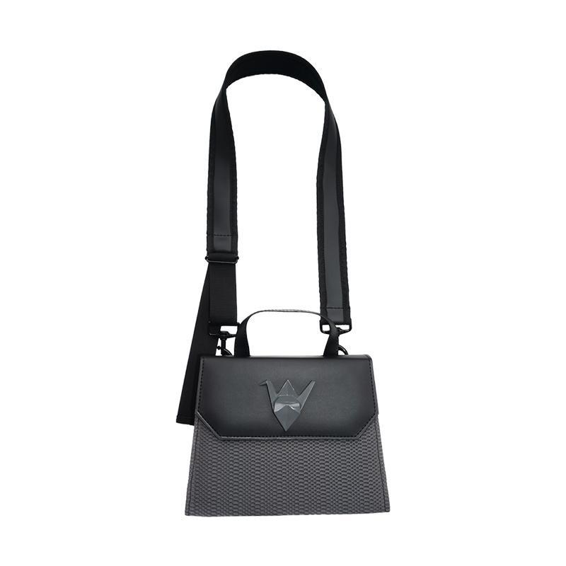 Mannequin Plastic Origami Flap Bag Wanita Grey