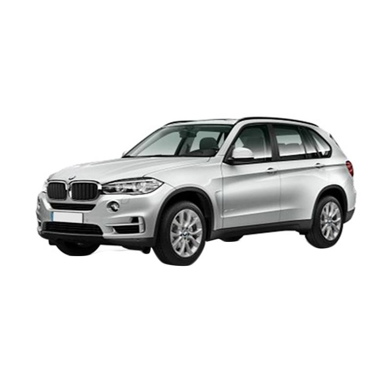 https://www.static-src.com/wcsstore/Indraprastha/images/catalog/full//880/bmw_bmw-x5-xdrive-25d-a-t-mobil---glacier-silver_full02.jpg