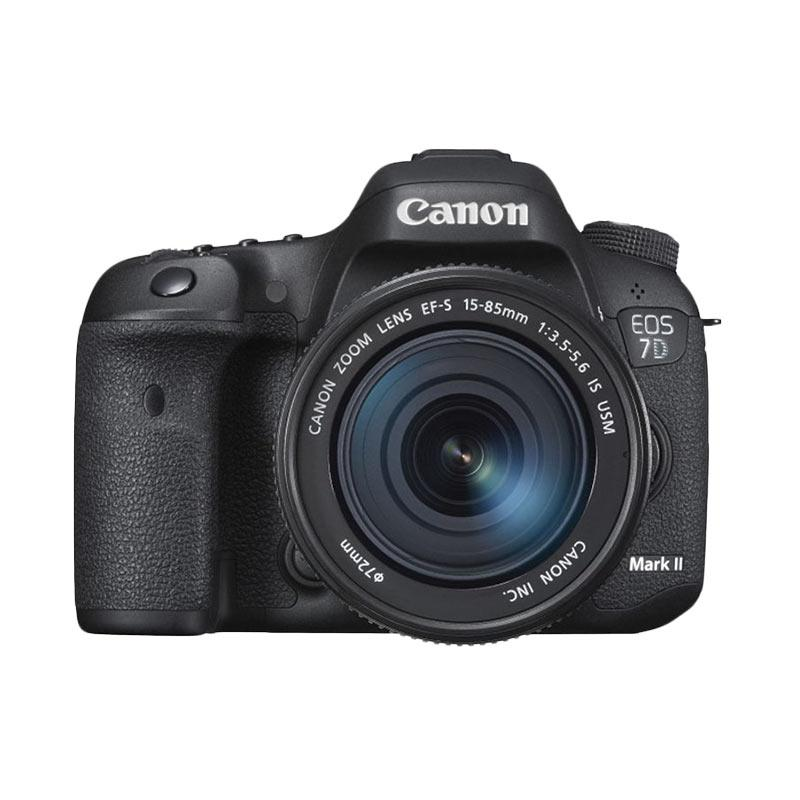 Canon EOS 7D Mark II with 15-85mm IS USM