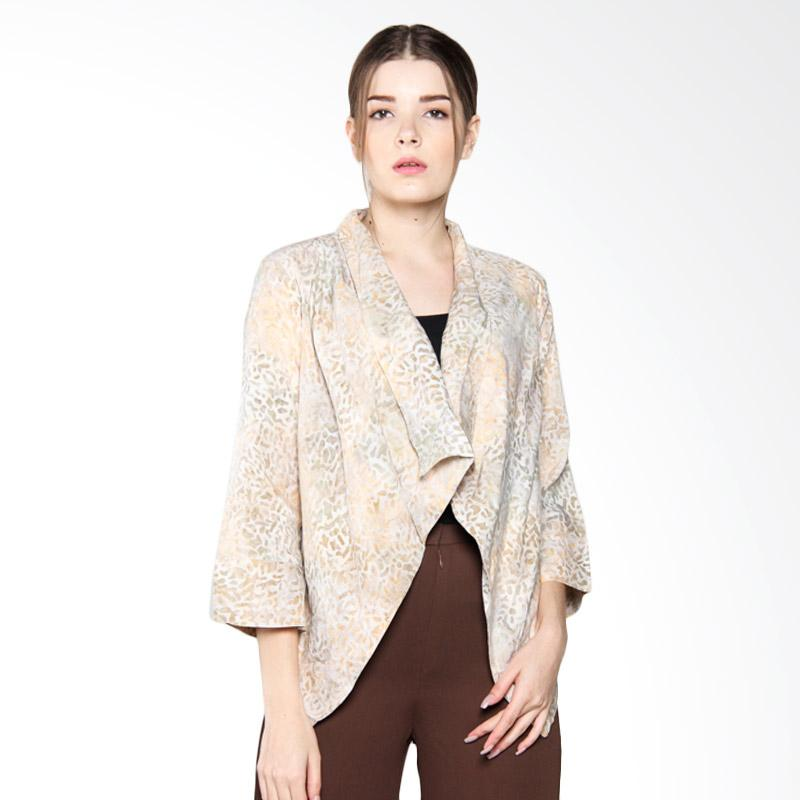 Debra Lunn OUPJ Cap Assymetry Apple Texture DLWOU0113 Cardigan Batik Wanita - Gold Hedge