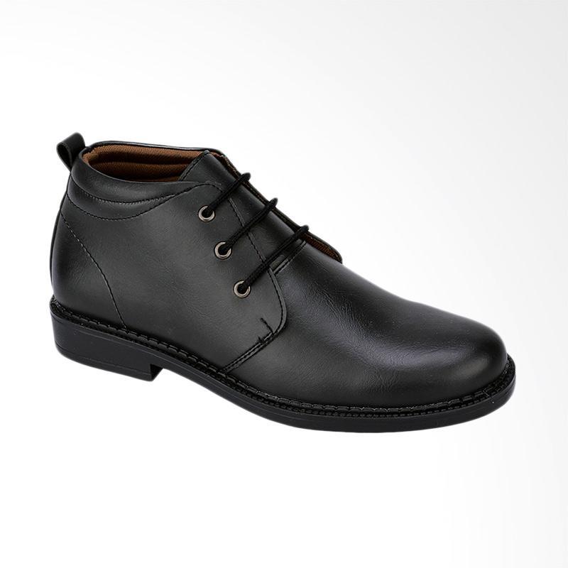 Sepatu Pria Frandeli Yashira Men Casual Black Source Syaqiah Kulit Sepatu  Formal Pria . 5c75a1c70c