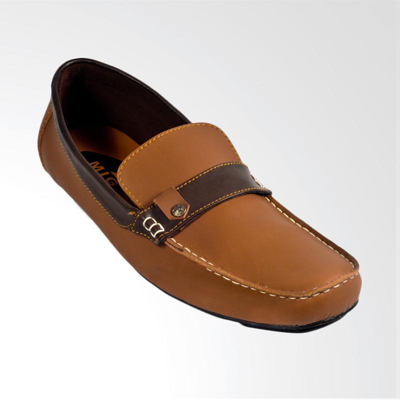 Moccasin Trumph Siberia Slip On Sepatu Pria - Brown