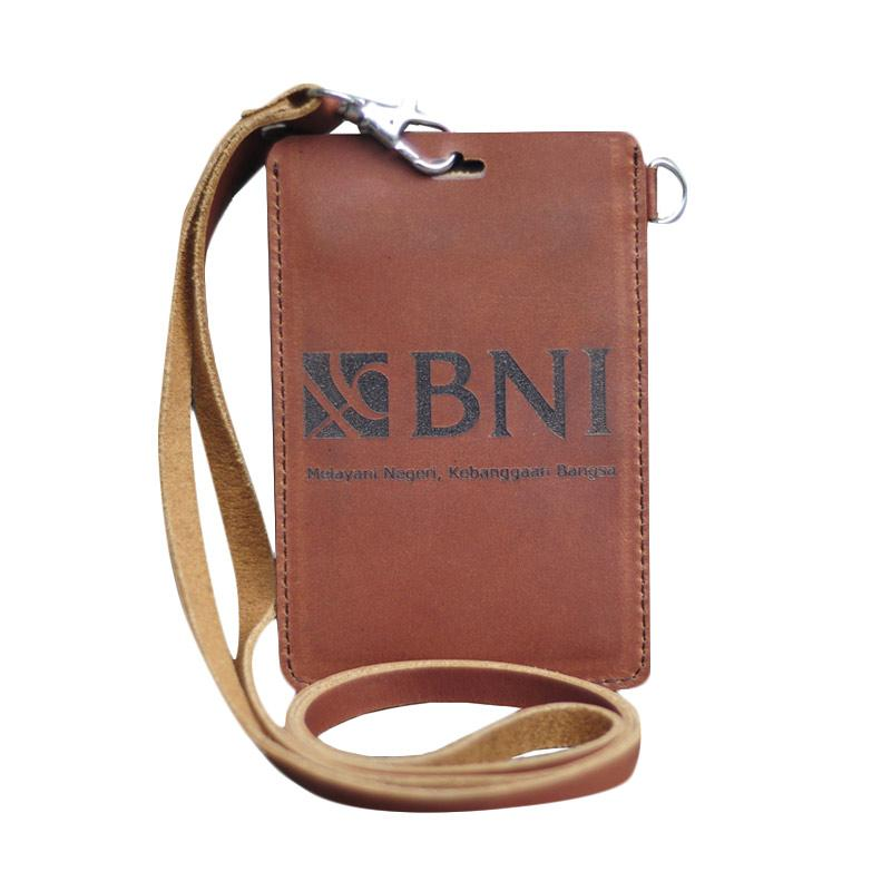 harga Leather Castle Pegawai Bank BNI ID Card Holder - Tan Blibli.com