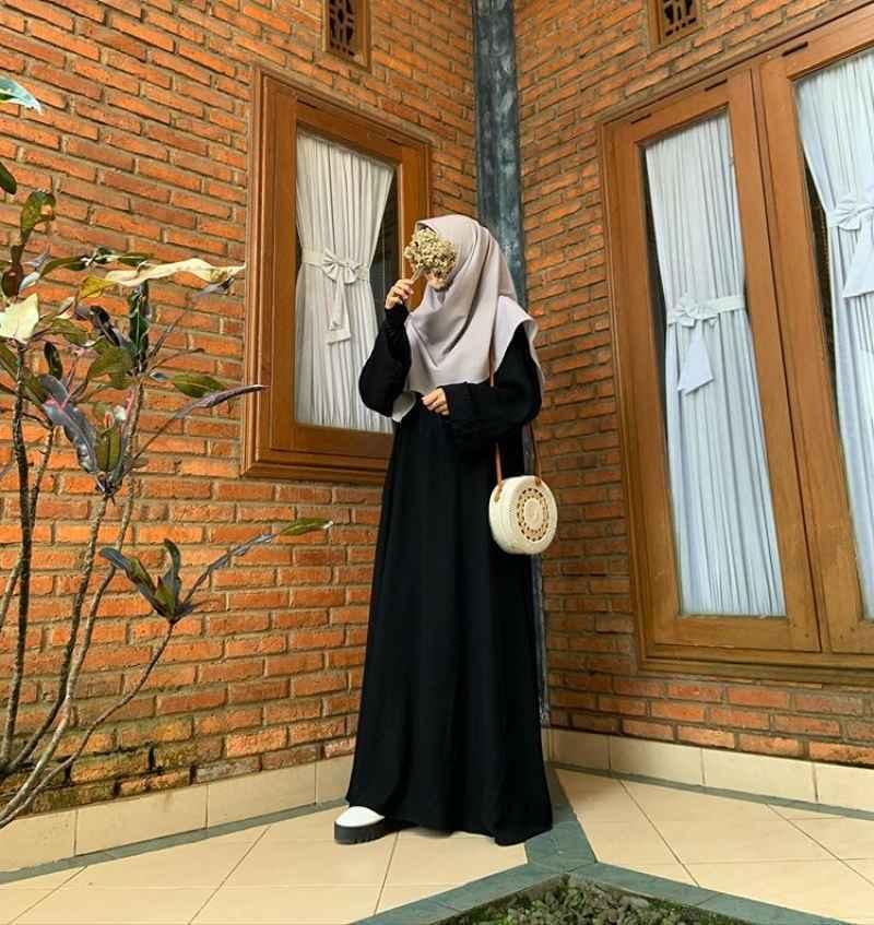 Jual Abaya Hitam Abaya Gamis Abaya Dress Abaya Arabian Jetblack Online Maret 2021 Blibli