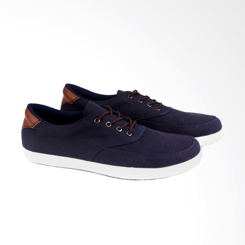 Garucci Sneakers Sepatu Pria GRW 1179