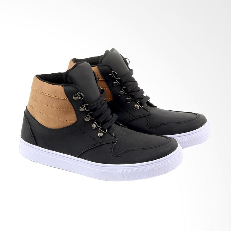Garucci Sneakers Shoes GLD 1260