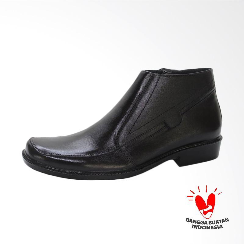 GRUTTY Sepatu Boots Pria - Hitam GR 81052