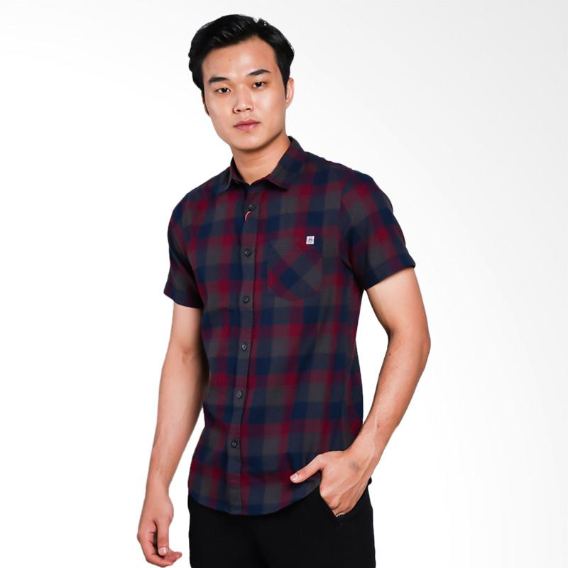 Moutley Street 0311 Shirt Kemeja Pria - Red