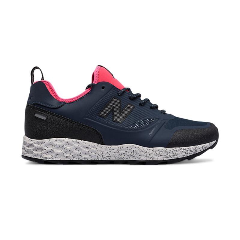 New Balance Trailbuster Fresh Foam Fantom Fit Sepatu Lari Pria - Navy [MFLTB] Free Tali Sepatu