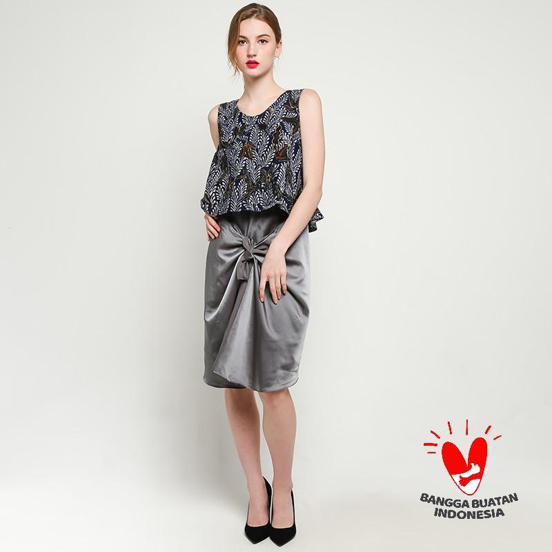 GESYAL Ikat Midi Dress Batik Wanita
