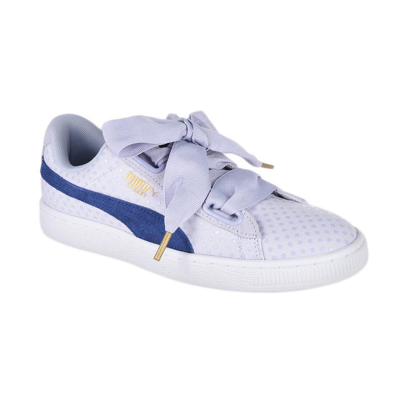 harga Rabu Cantik - PUMA Women's Basket Heart Denim Sepatu Olahraga Wanita [363371 02] Blibli.com