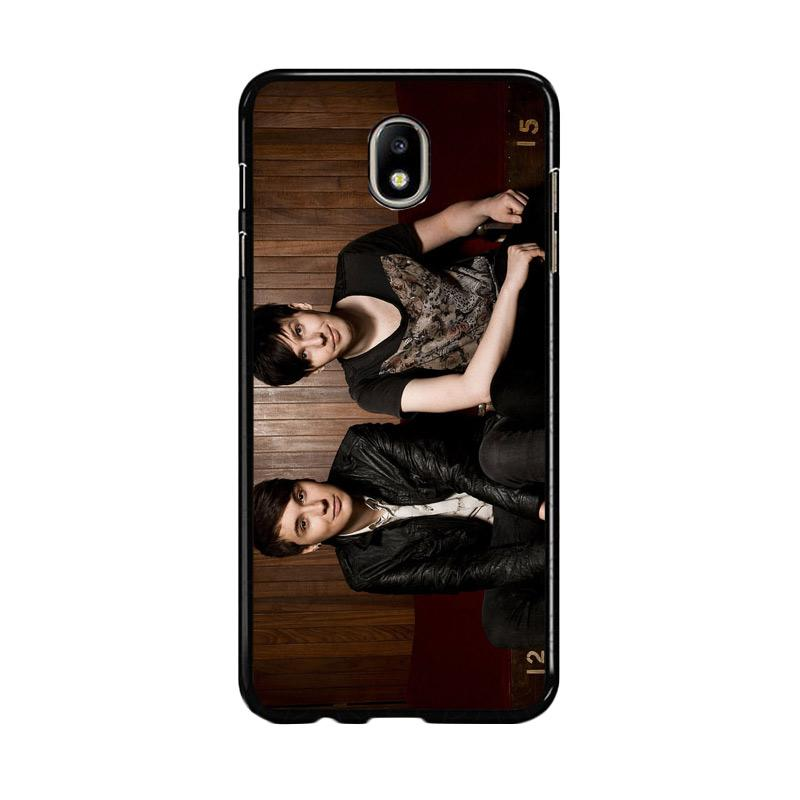 Flazzstore Dan And Phil Z1036 Custom Casing for Samsung Galaxy J7 Pro 2017 - Brown