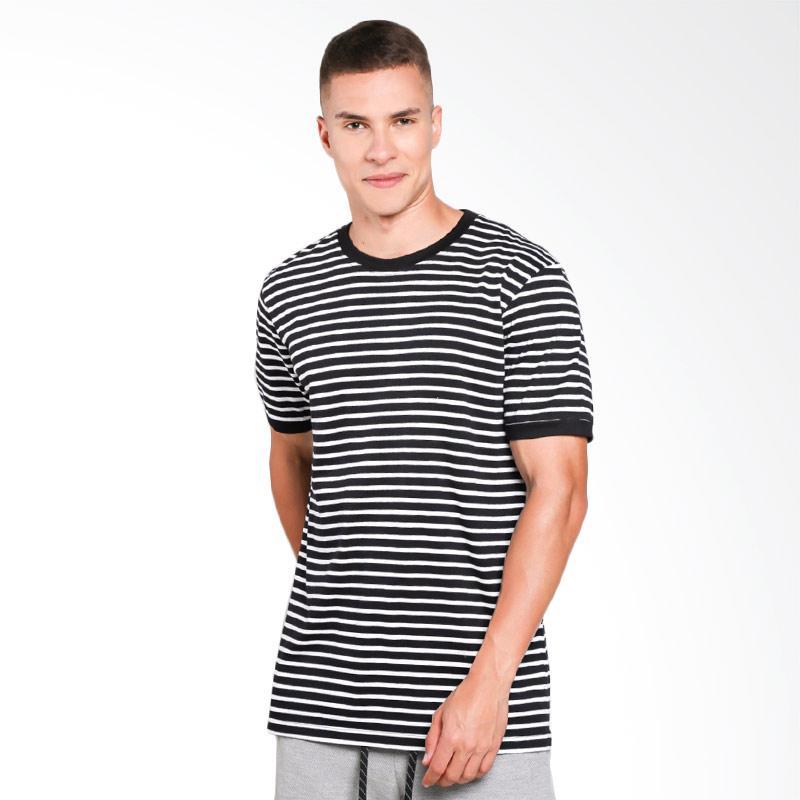 FMC 5501 Tshirt Pria - Black