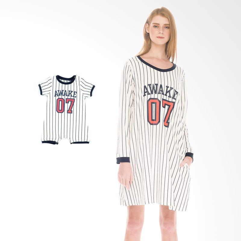 harga Mooimom Baseball Long Sleeves Nursing Dress & Baby Clothes Baju Hamil Menyusui Couple Ibu Anak - White Blibli.com