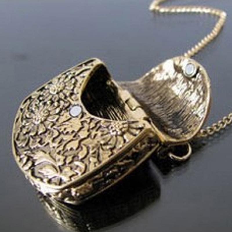 Retro Bag Shape Carved Bronze Locket Pendant Long Chain Sweater Necklace Sanwood