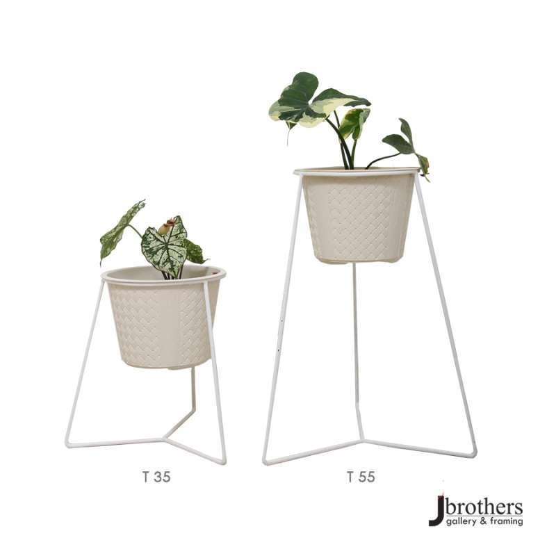 Dudukan Standing Pot Bunga