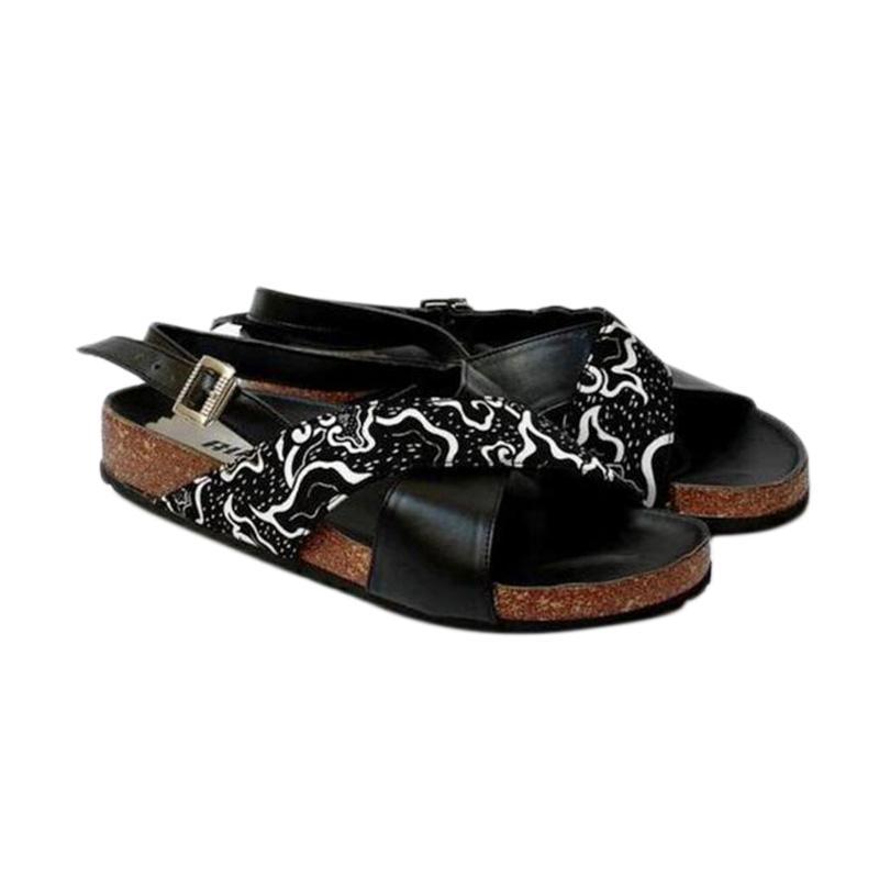 Kus Group Mega Flat Sandal Wanita - Black